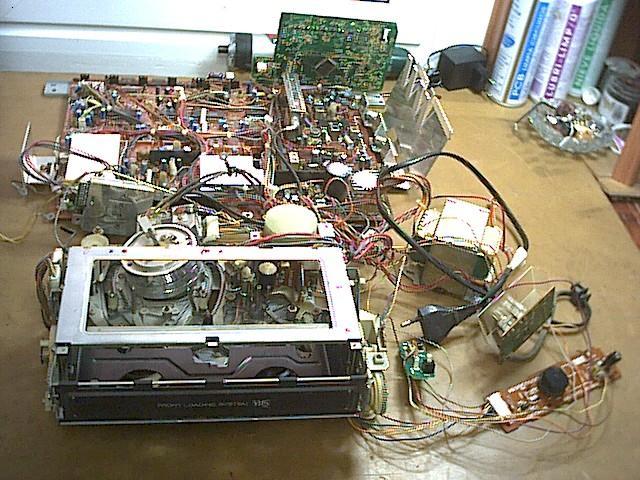 Video VHS desmontado
